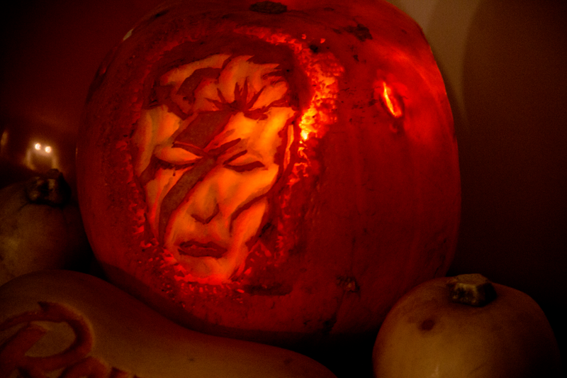 Halloween: Bowie Pump'd
